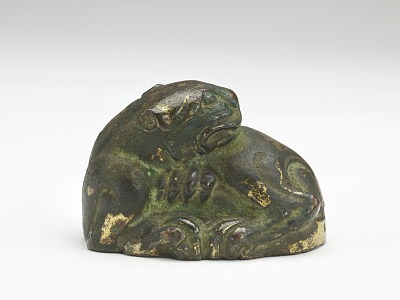 Tiger-shaped ornament or weight