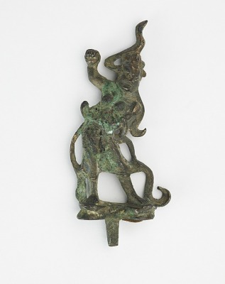 Statuette of a standing guardian