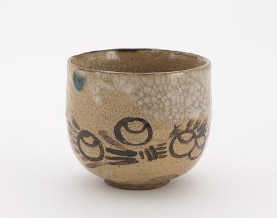 Tea bowl in Oribe style