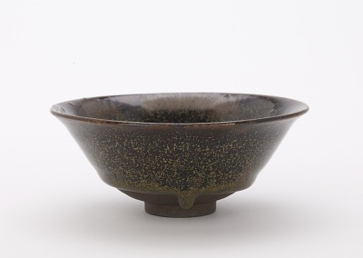 Tenmoku style tea bowl, Ryumonji kilns