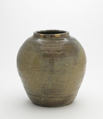 Tamba ware jar