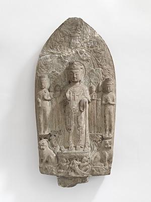 Standing bodhisattvas with monks, Pratyekabuddhas, lions, and apasaras