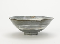 Tea bowl with brushed-slip decoration, Ofuke ware or Kyushu-related ware