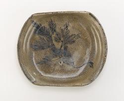 Serving dish with design of pine seedling, Seto ware, Ofuke type