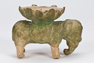 Elephant-shaped stand