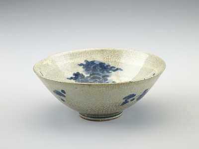 Arita ware tea bowl with design of phoenix