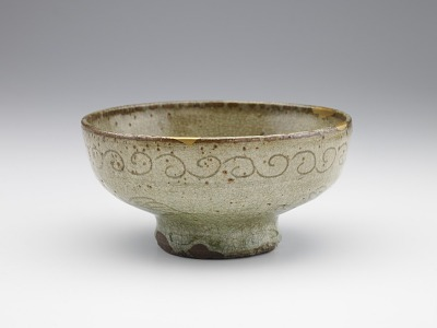 Serving bowl in style of Chinese celadon, probably Shodai ware