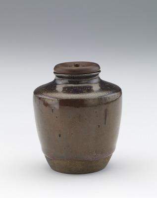 Tea caddy, katatsuki type
