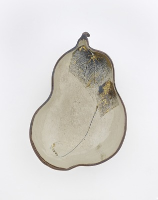 Gourd-shaped serving bowl