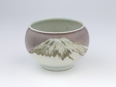 Bowl with design of Mt. Fuji