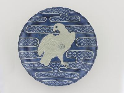 Dish with design of white hawk