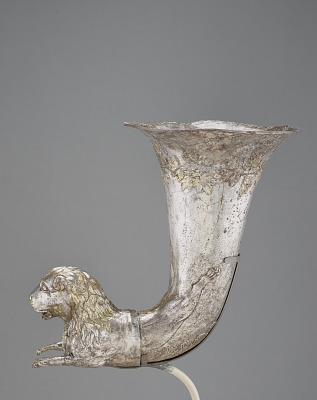 Spouted vessel with lion protome