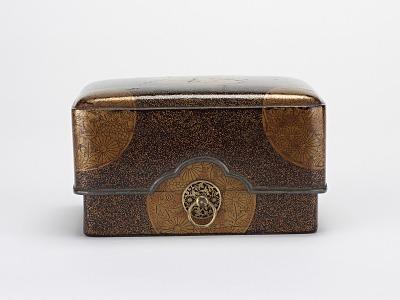 Comb box (<em>kushibako</em>)