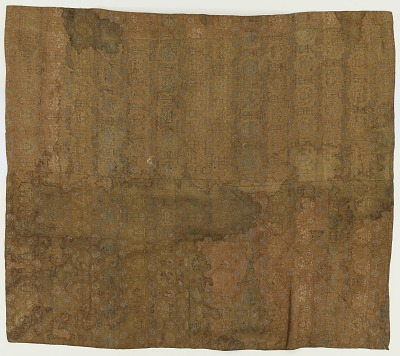 Brocade, silk. A temple cover. In four pieces of sewed together and lined with asa