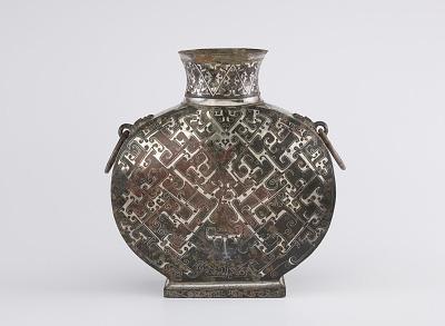 Wine flask (<em>bianhu</em>) with geometric decoration