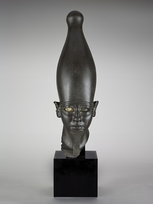 Head of a pharaoh