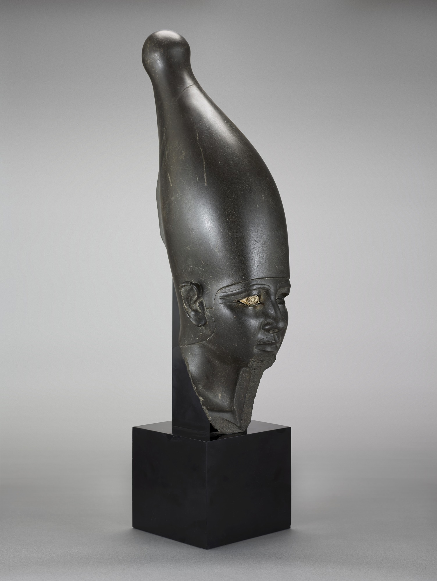 proper right: Head of a pharaoh