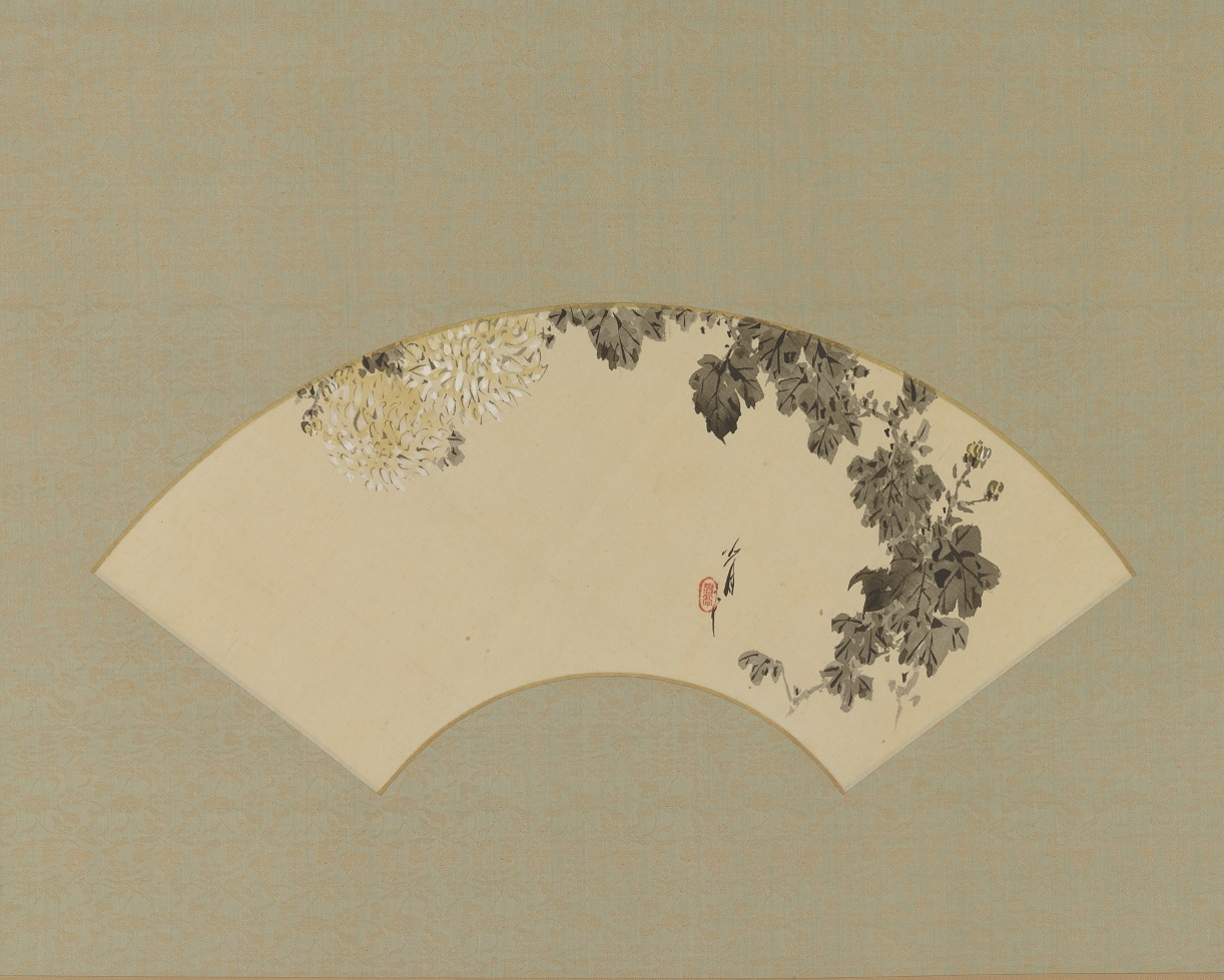Fan mounted on a hanging scroll with a painting of chrysanthemum flowers