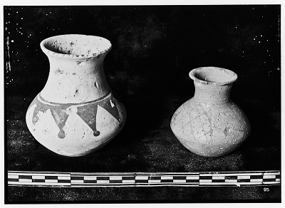 Luristan (Iran): Two Ceramic Vessels with Painted Pattern [graphic]