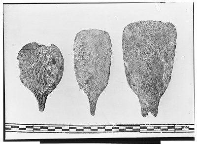 Vicinity of Nihavand (Iran): Three Copper Spatulas, from Prehistoric Mound of Tepe Giyan [graphic]