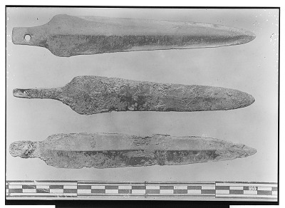 Luristan (Iran): Three Dagger Blades [graphic]