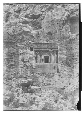 Da u Dukhtar (Iran): Rock-Cut Tomb [graphic]