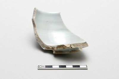 Cylindrical bowl, fragment