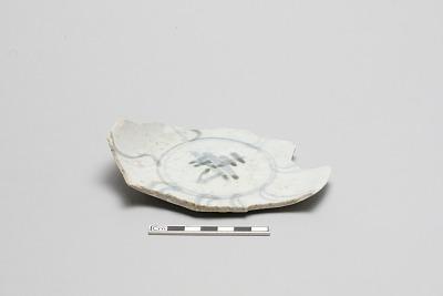 Small plate, warped