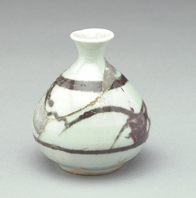 Small bottle with underglaze copper-red decoration (waster, areas of fill)