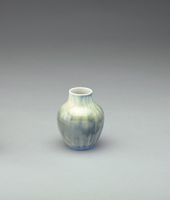 Vase with gray-green-blue glaze