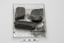 4 Japanese mold fragments