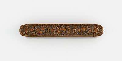 Pen case with lobed medallions and flowers and birds