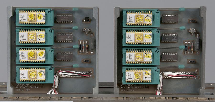 Multiplexer/ Demultiplexer