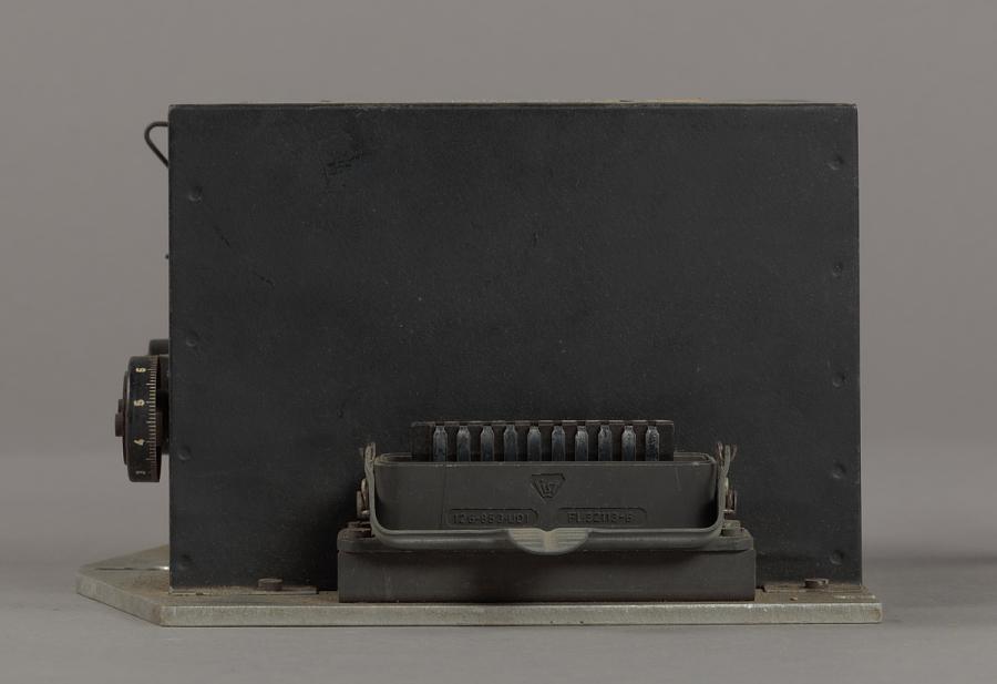 Accelerometer, Integrating Gyro, V-2