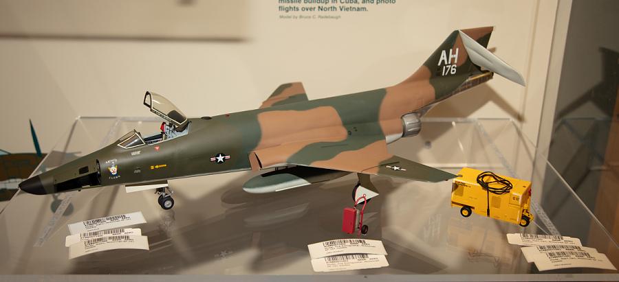 Model, Static, McDonnell RF-101 Voodoo