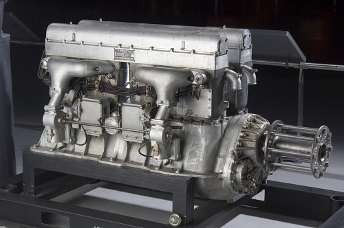 King-Bugatti U-16 Engine