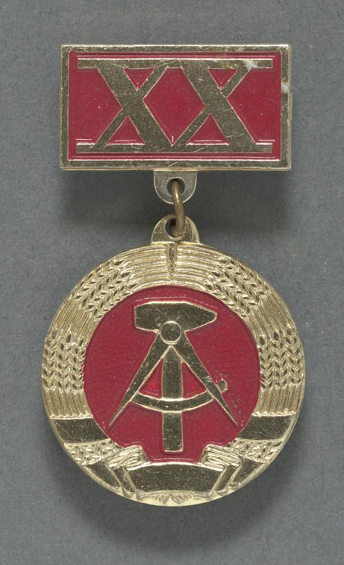 Pin, Russian