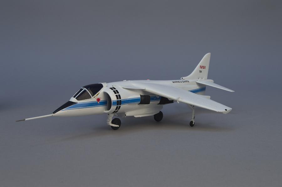 Model, Static, McDonnell Douglas YAV-8B V/STOL Systems Research Aircraft (VSRA)