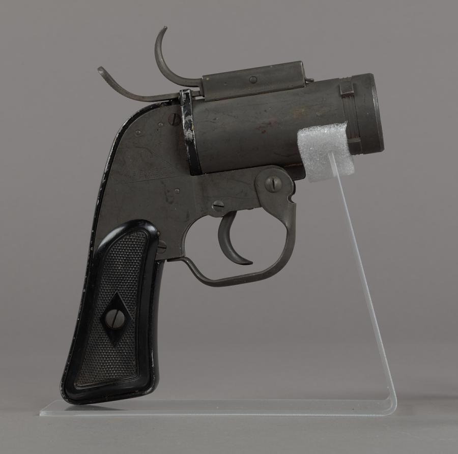 Flare Pistol, Type AN-M8