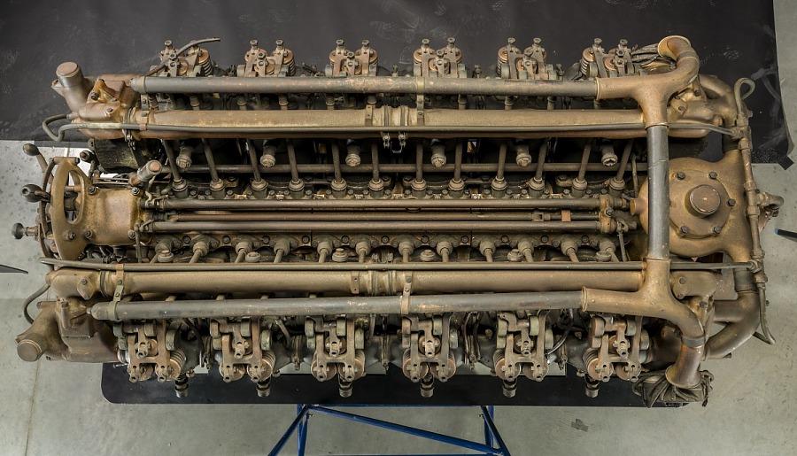Maybach VL-2, V-12 Engine
