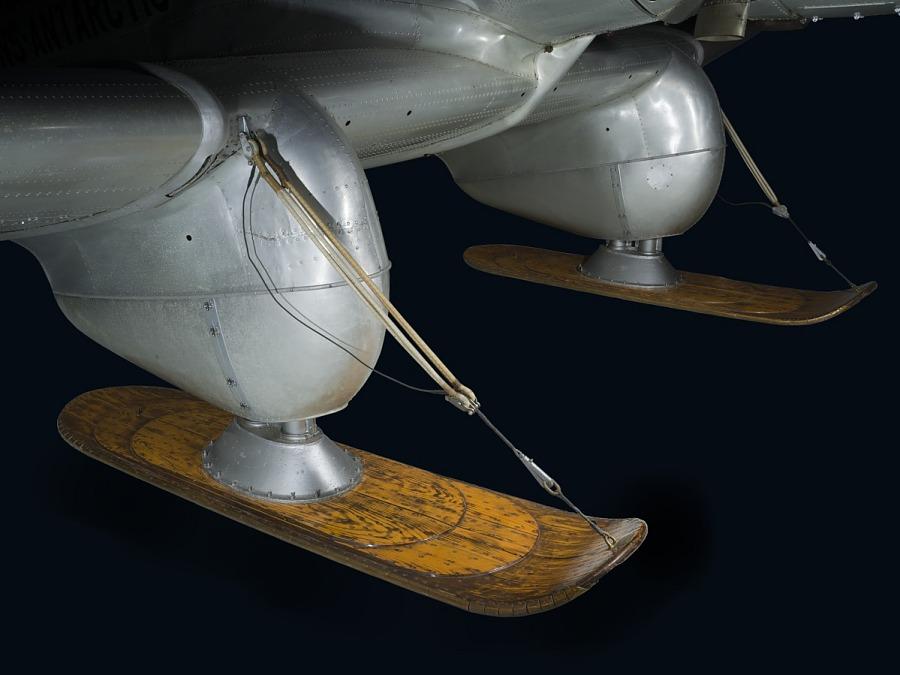 Wooden sled-like landing gear of Northrop Gamma Polar Star aircraft