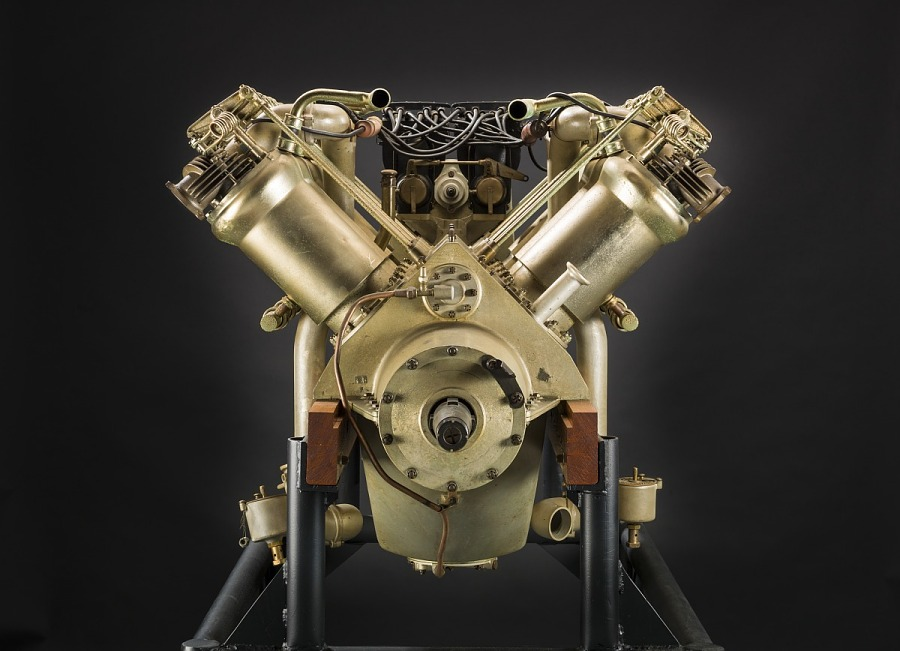Curtiss V-X, V-8 Engine
