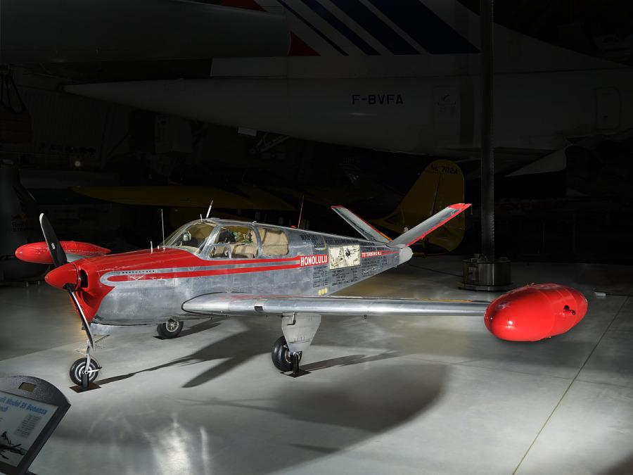 Beechcraft 35 Bonanza, WAIKIKI BEECH