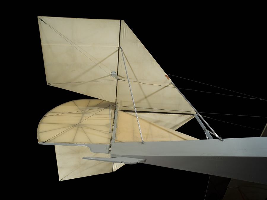 Tail cloth of Ecker Flying Boat