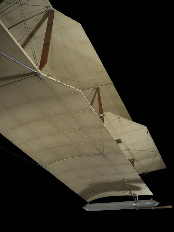 Cloth wing with wooden and metal framing of Ecker Flying Boat