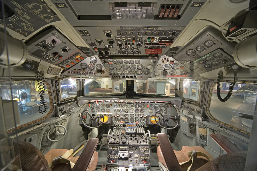 Cockpit of Douglas DC-7 in museum