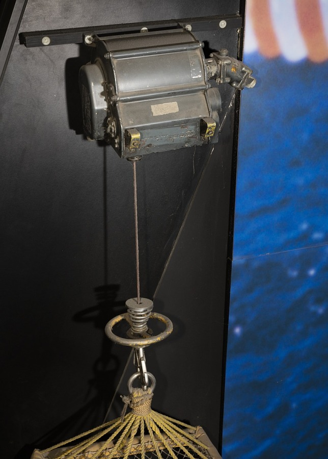 Winch (Hoist), Apollo 8 Helicopter Recovery