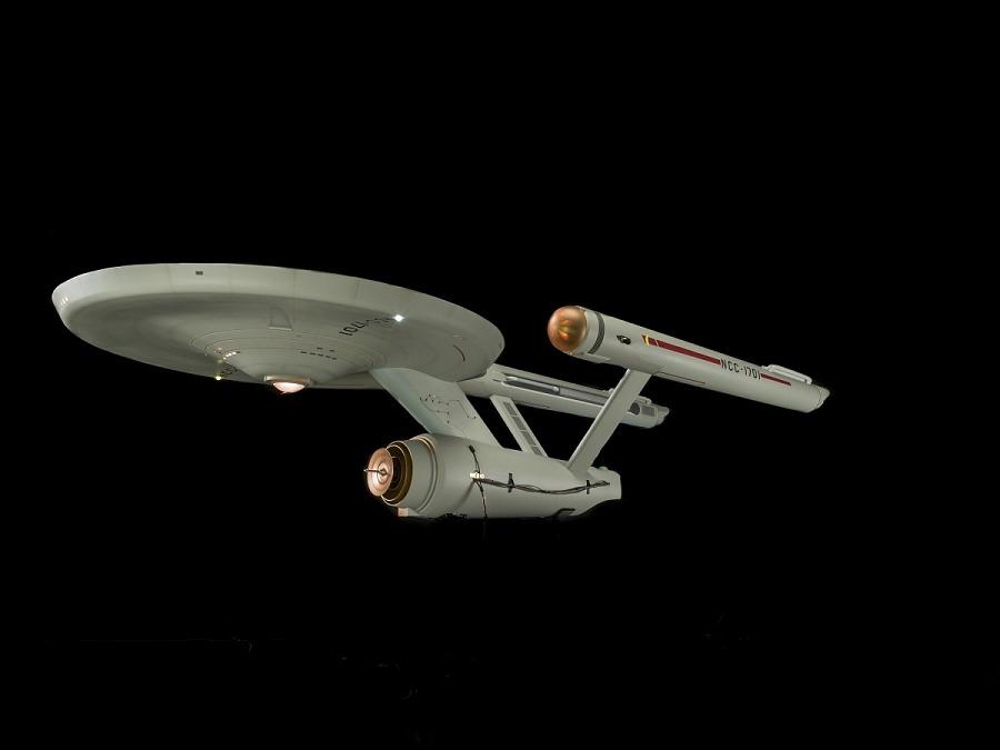 <i>Star Trek</i> Starship <i>Enterprise</i> Studio Model