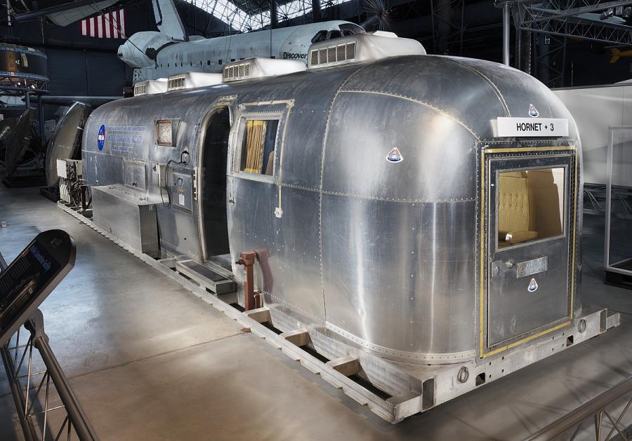 Metallic Aistream trailer with