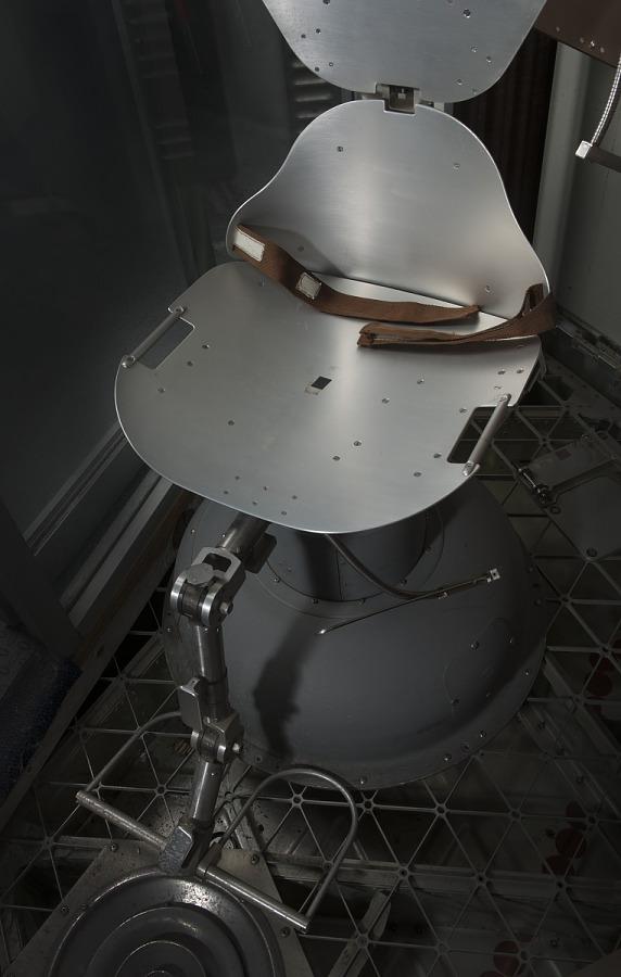 Rotating Litter Chair, Skylab